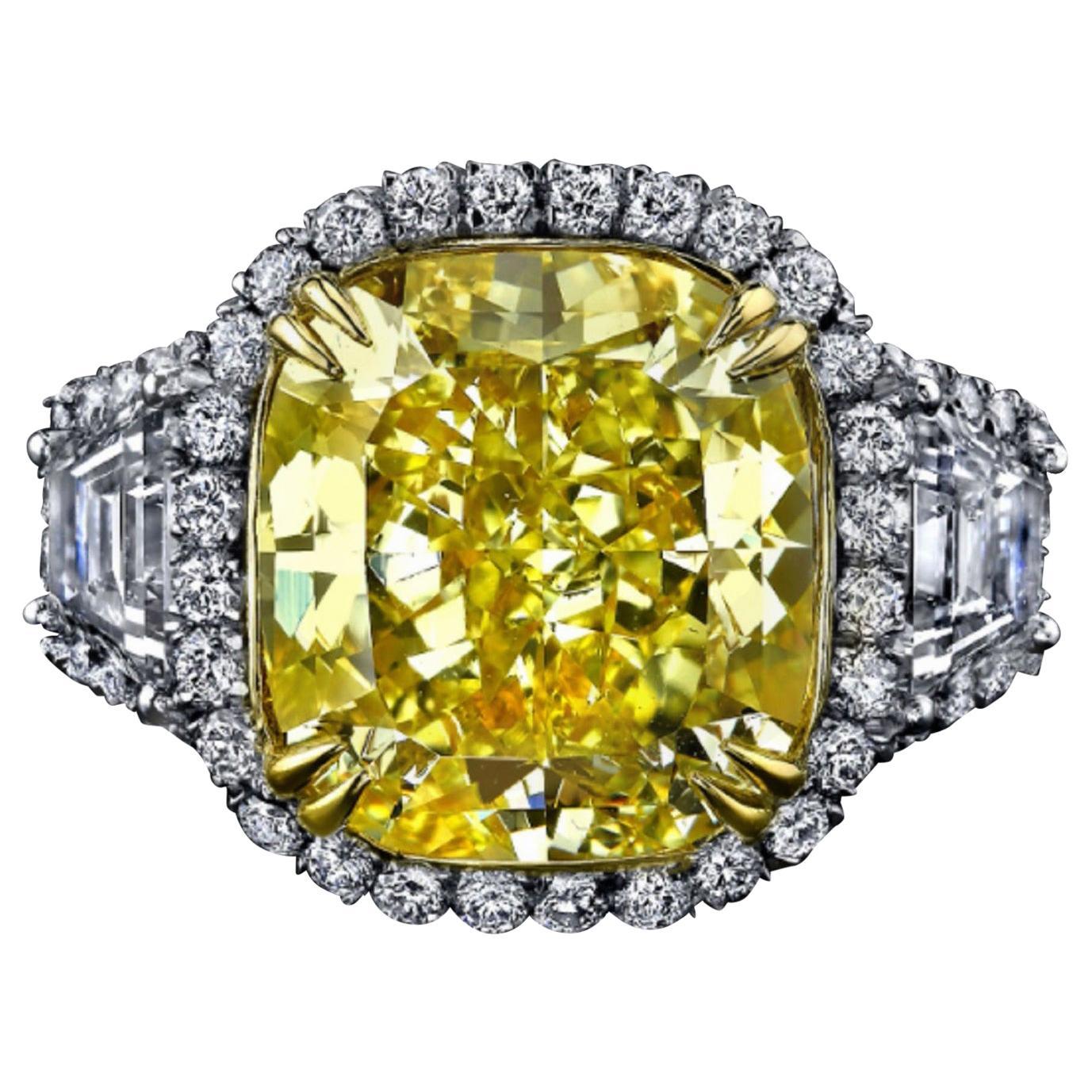 EXTRAORDINARY GIA Certified 3.60 Carat Fancy VIVID Yellow Cushion Cut Ring