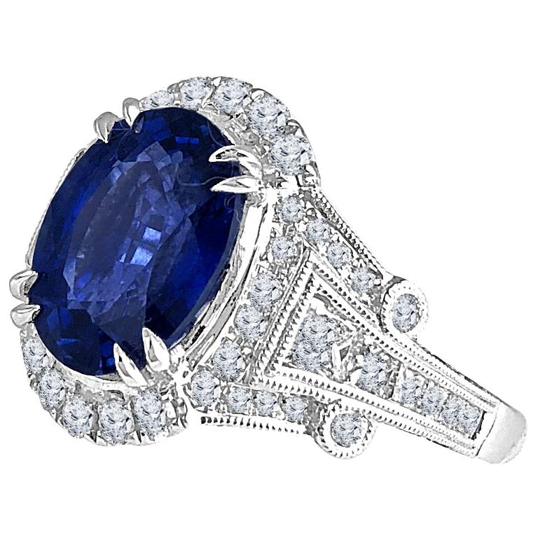 GIA Certified 4.59 Carat Fine Ceylon Sapphire Ring For Sale