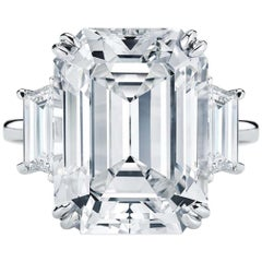 GIA Certified 4.02 Carat Three-Stone Emerald Cut Trapezoid Platinum Ring