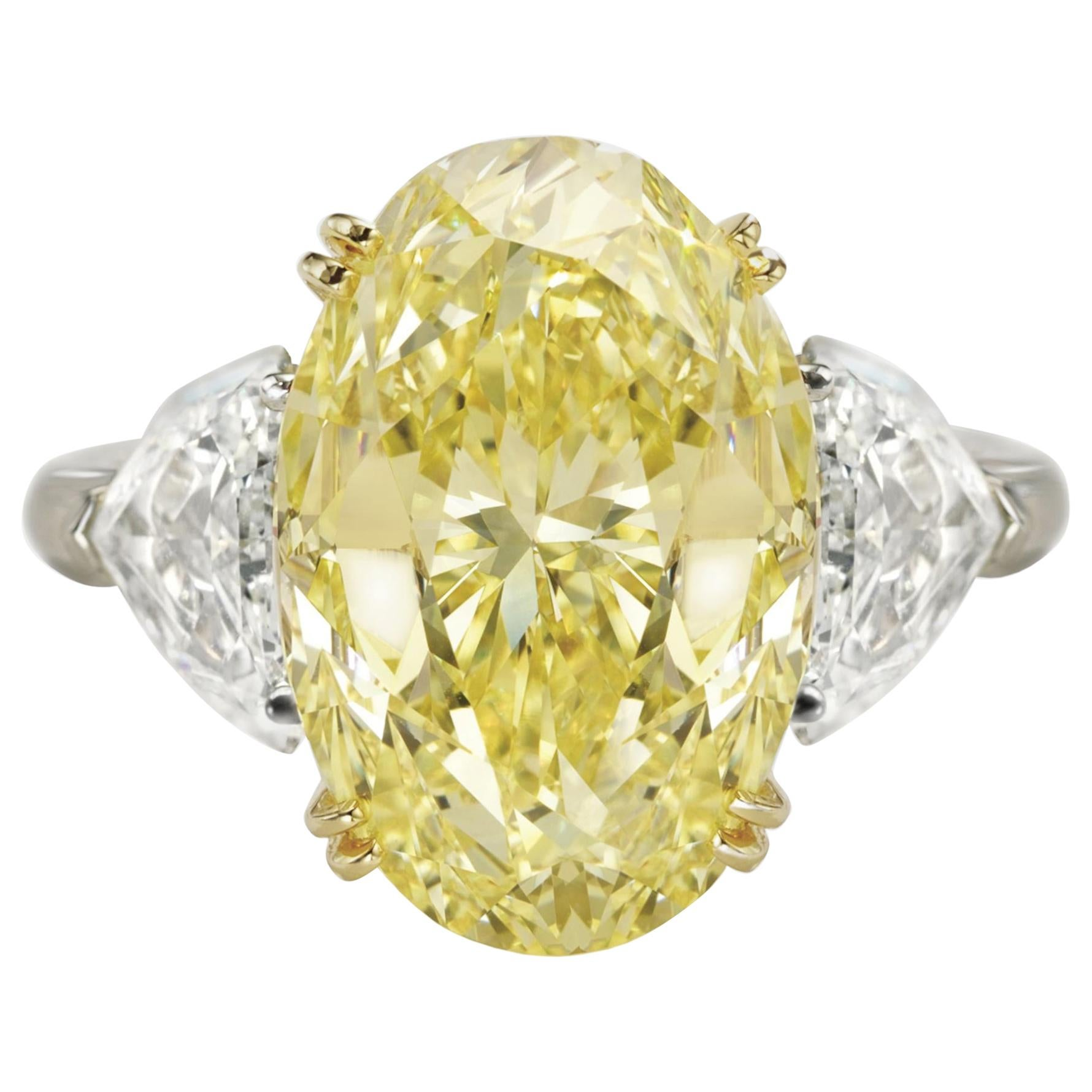 GIA Certified 5 Carat Fancy Yellow Oval and Half-Moon Diamond Ring vs2 clarity