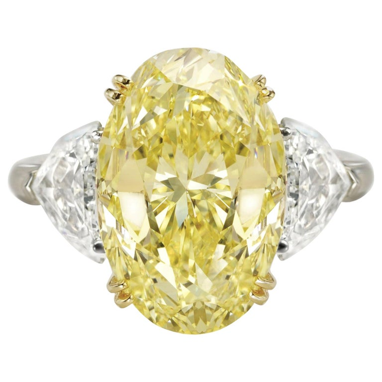 GIA Certified 4.27 Carat Fancy Yellow Oval and Half-Moon Diamond Ring For Sale