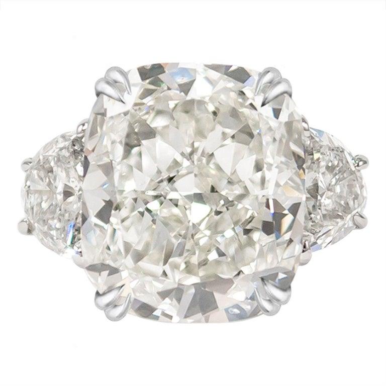 Women's or Men's GIA Certified 4 Carat Cushion Cut Diamond I Color Triple Ex For Sale