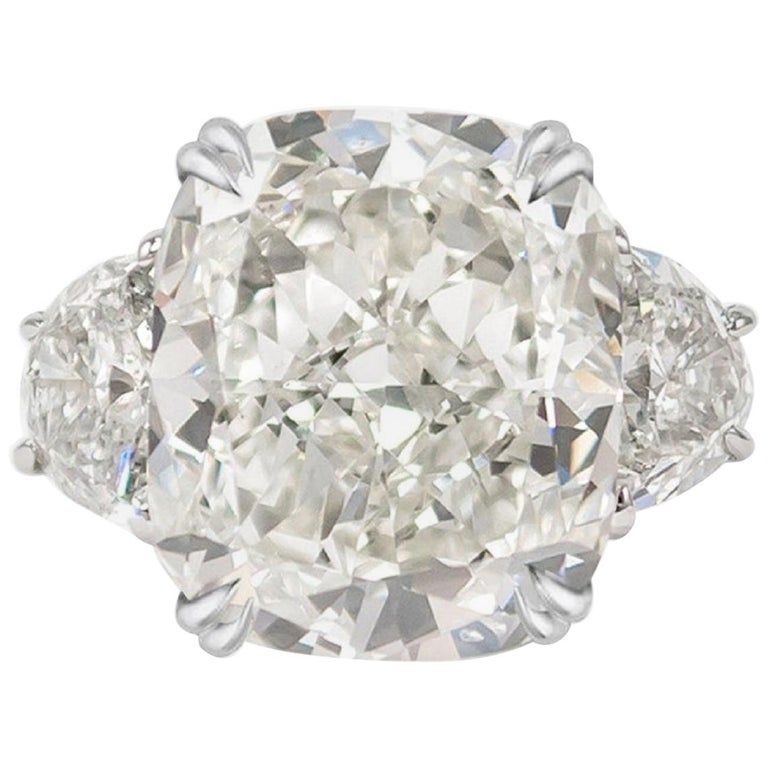 GIA Certified 4 Carat Cushion Cut Diamond I Color Triple Ex For Sale