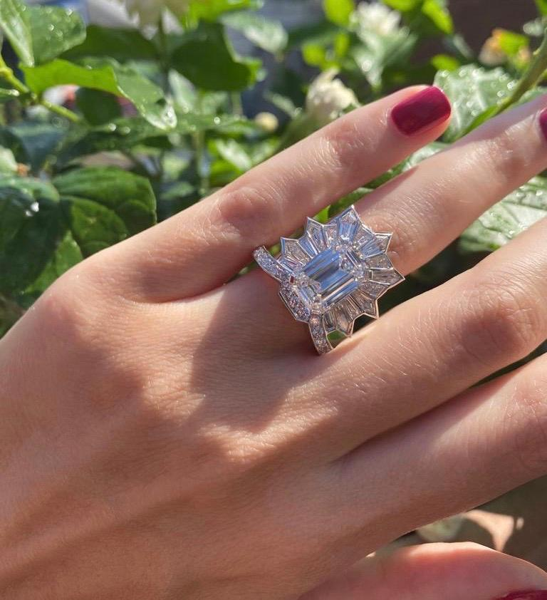 GIA Certified 5.20 Carat Emerald Cut Diamond Cocktail Ring For Sale 1