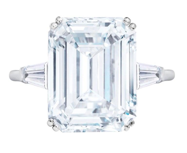 Modern GIA Certified 5.50 Carat Emerald Cut Diamond Platinum Ring For Sale