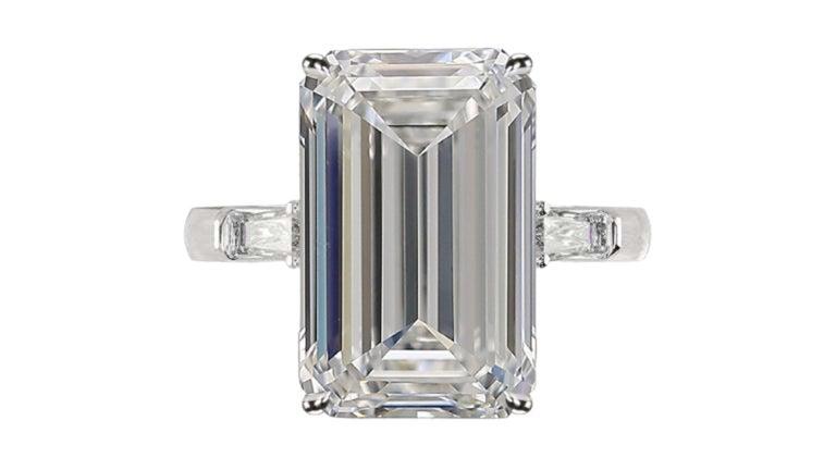 Modern GIA Certified 4.50 Carat Emerald Cut Diamond Ring Long Ratio For Sale