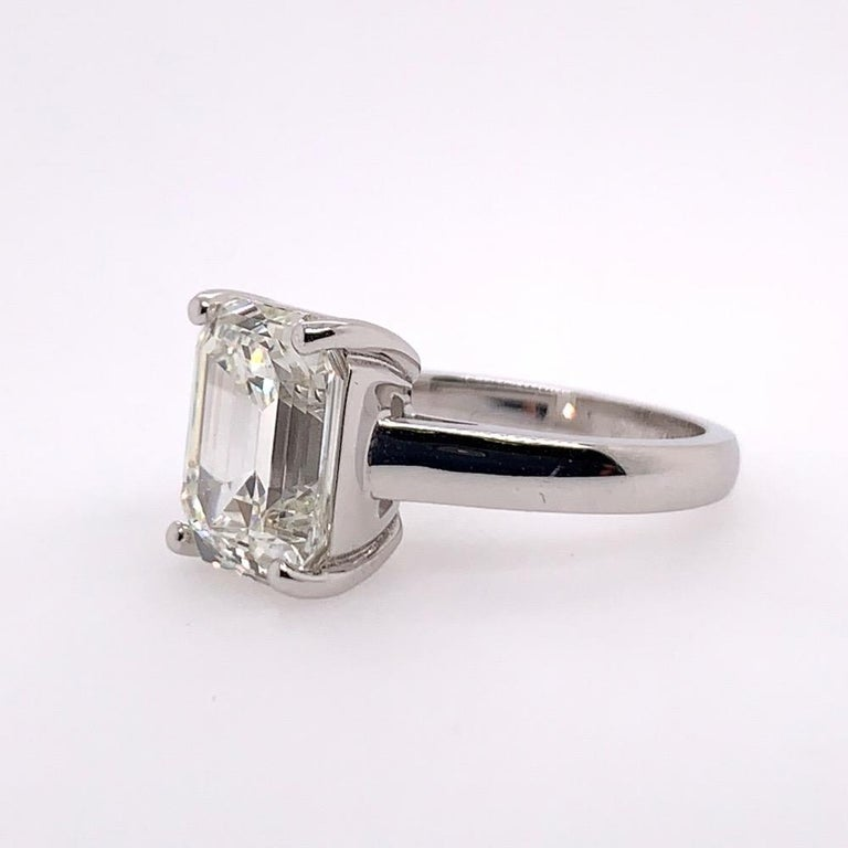 Modern GIA Certified 5.60 Carat Natural Emerald Cut Diamond I VS1 None Engagement Ring For Sale