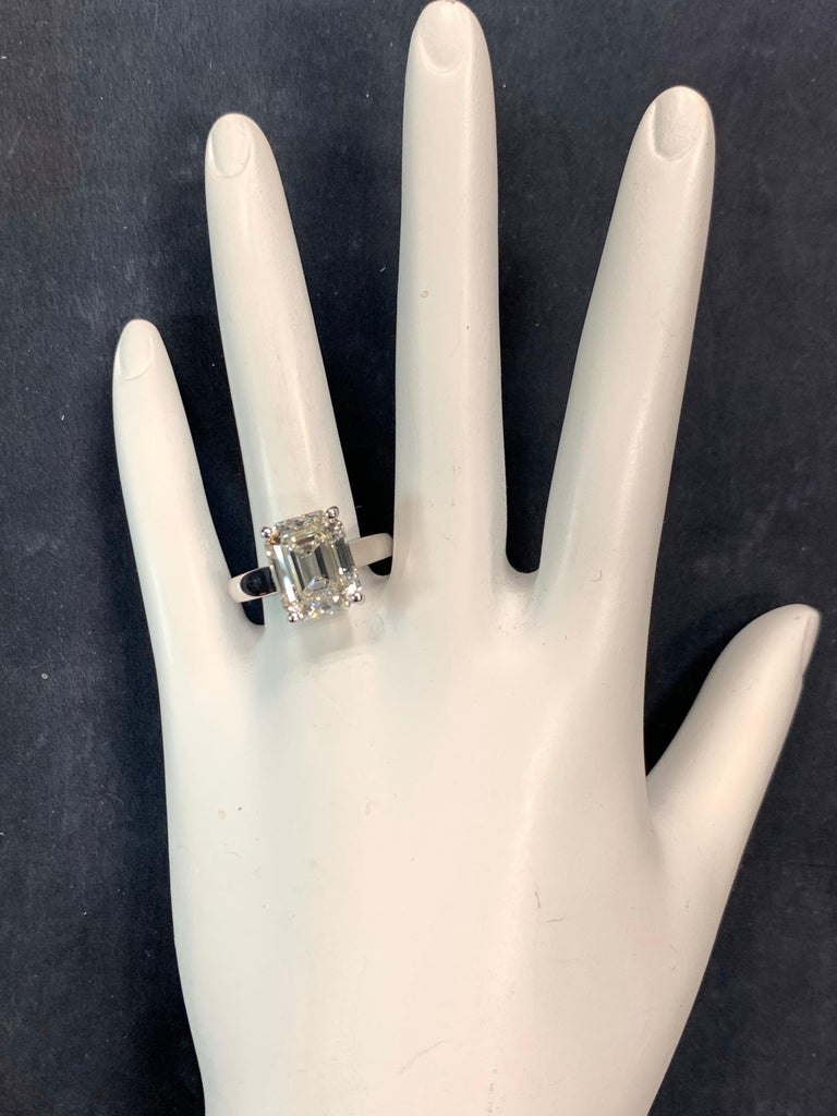 GIA Certified 5.60 Carat Natural Emerald Cut Diamond I VS1 None Engagement Ring In Good Condition For Sale In Los Angeles, CA