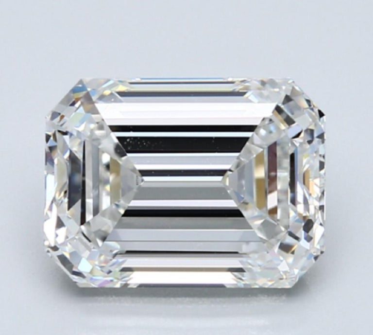 Modern AMAZING GIA Certified 6.50 Carat Emerald Cut Diamond Ring For Sale