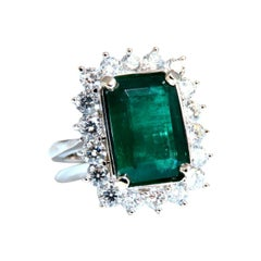 GIA Certified 6.26ct Natural Green Emerald Diamonds Ring 18kt Halo Prime