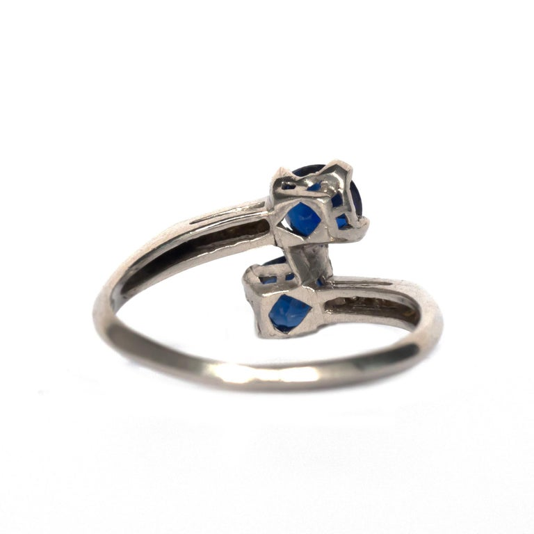 GIA Certified .71 Carat Sapphire Platinum Engagement Ring In Good Condition For Sale In Hicksville, NY