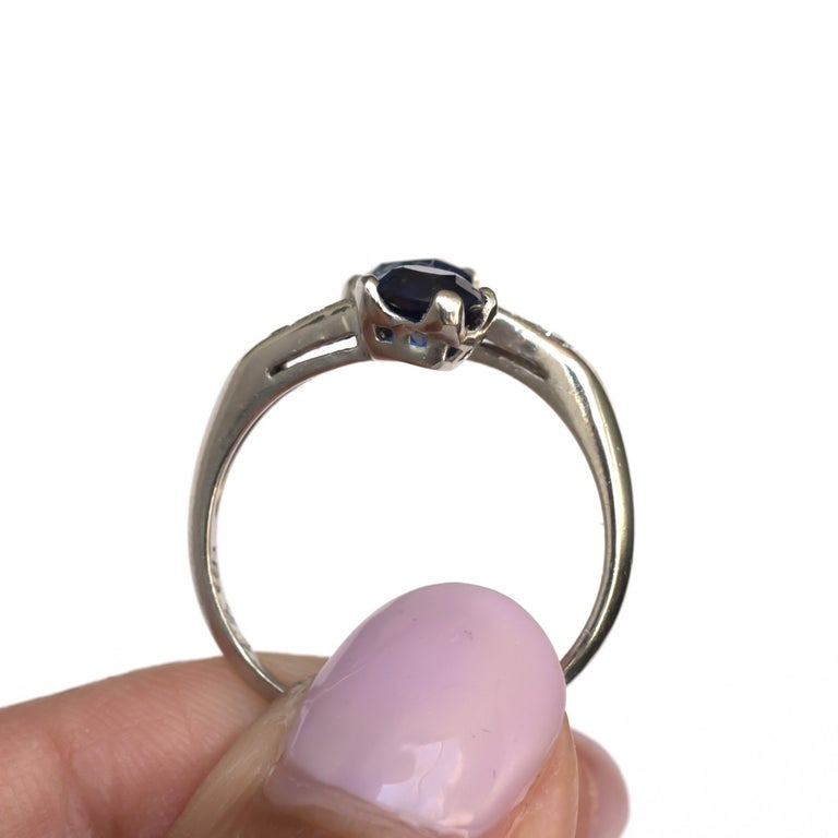 GIA Certified .71 Carat Sapphire Platinum Engagement Ring For Sale 2