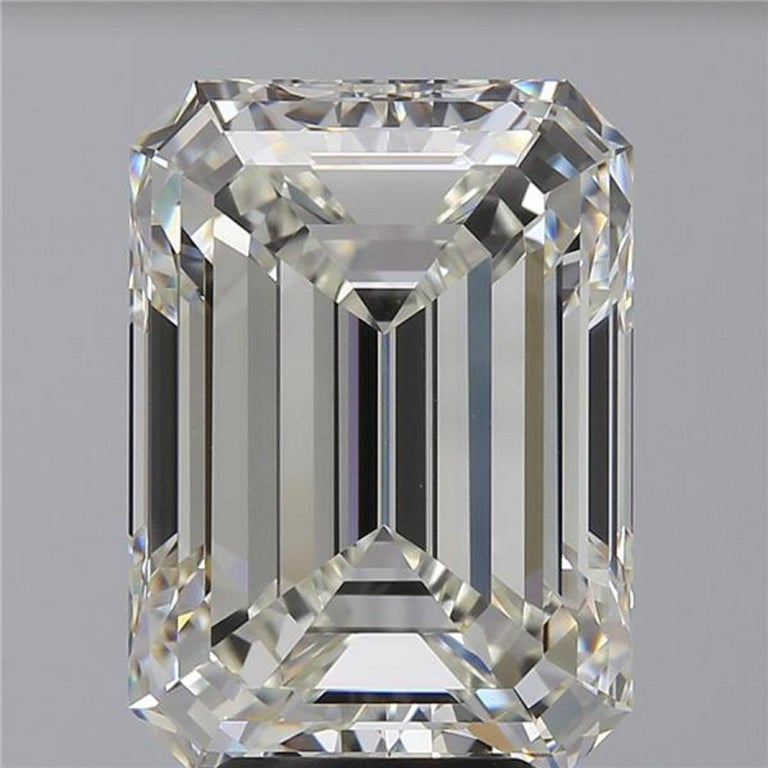 Modern GIA Certified 8.67 Carat Emerald Cut Diamond Ring VVS1 Clarity  For Sale