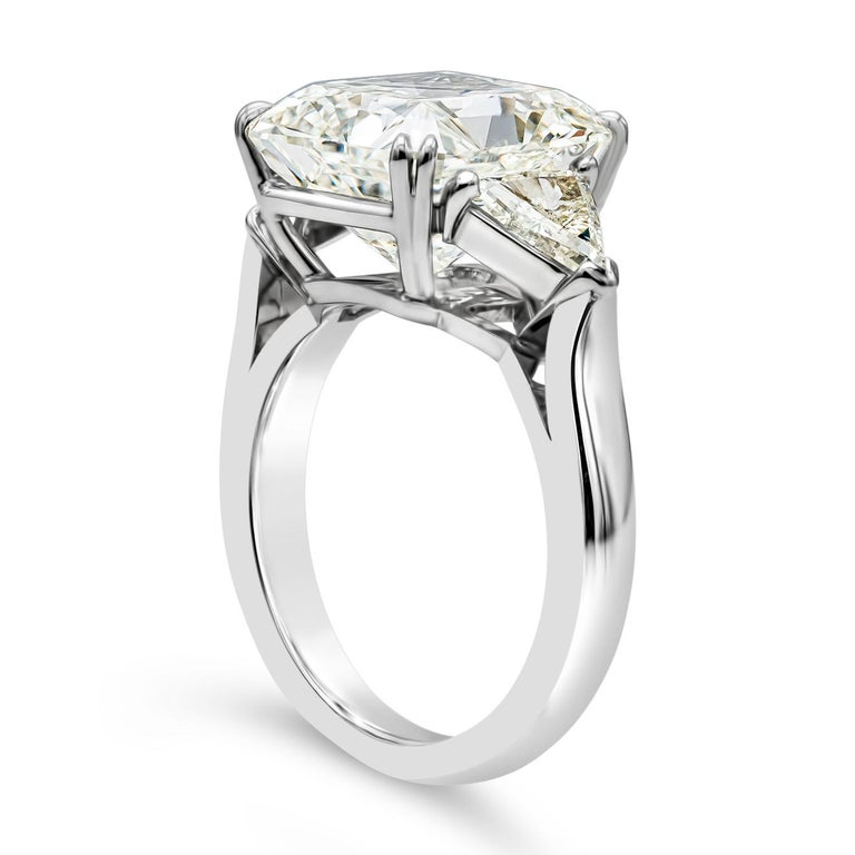 GIA Certified 7.41 Carat Radiant Cut Diamond Three-Stone Engagement Ring In New Condition For Sale In New York, NY
