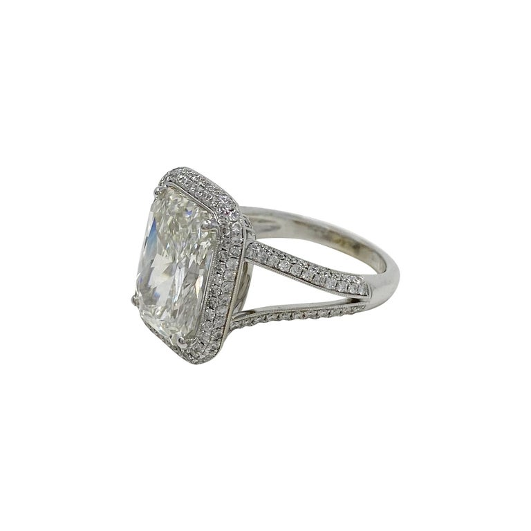 GIA Certified 7.50 Carat Diamond Ring in 18 Karat White Gold In Good Condition For Sale In Dallas, TX