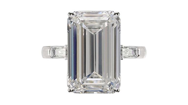 Modern GIA Certified 7.50 Carat Emerald Cut Diamond Ring Very Long Ratio F Color VVS2 For Sale