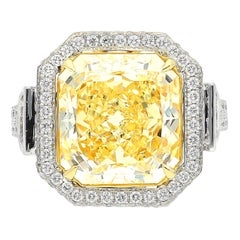 GIA Certified 7.52 Carat Radiant-Cut VVS2 Clarity Fancy Yellow Diamond Ring