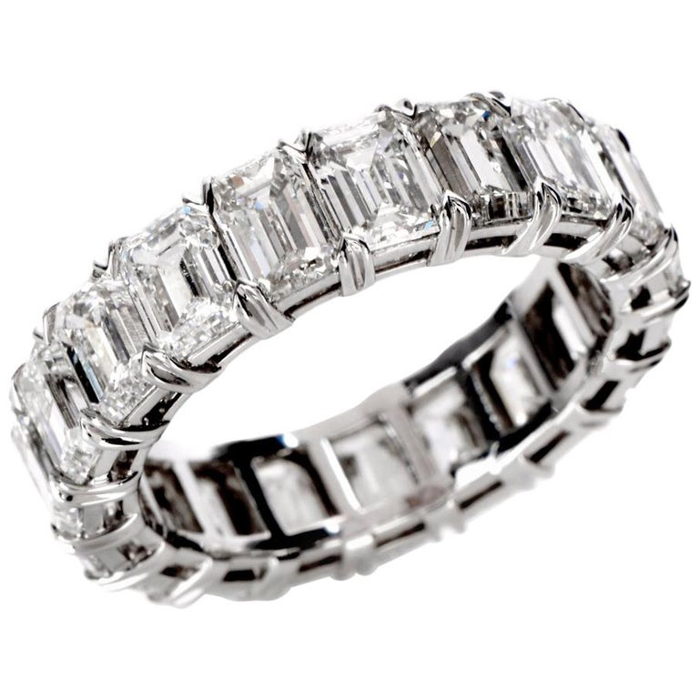 GIA Certified 8.02 Carat Emerald Cut Diamond Platinum Eternity Band Ring For Sale