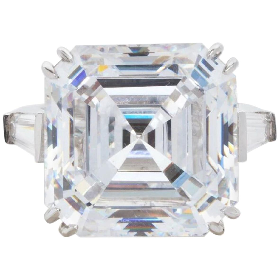 GIA Certified 8.65 Carat Square Emerald Cut Diamond Ring H Color VVS2 Clarity