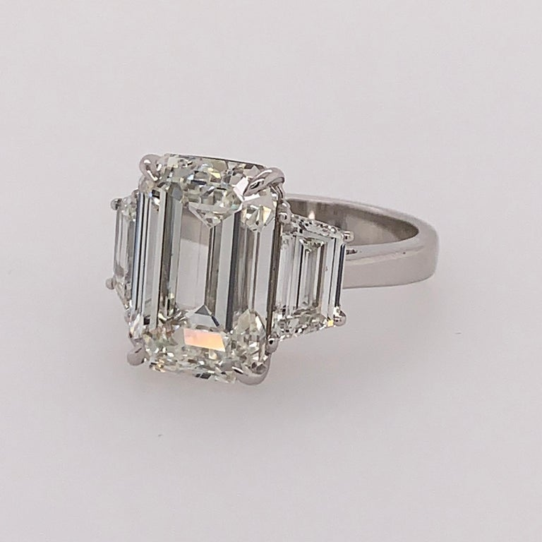 GIA Certified 8.11 Carat Natural Emerald Cut Diamond H VS2 PLT Engagement Ring For Sale 7