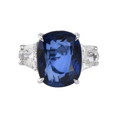 Laviere GIA Certified 8.20 Carat Blue Sapphire and Diamond Ring