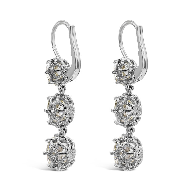 GIA Certified 8.64 Carat Old Mine Cut Diamond Dangle Drop Earrings In New Condition For Sale In New York, NY
