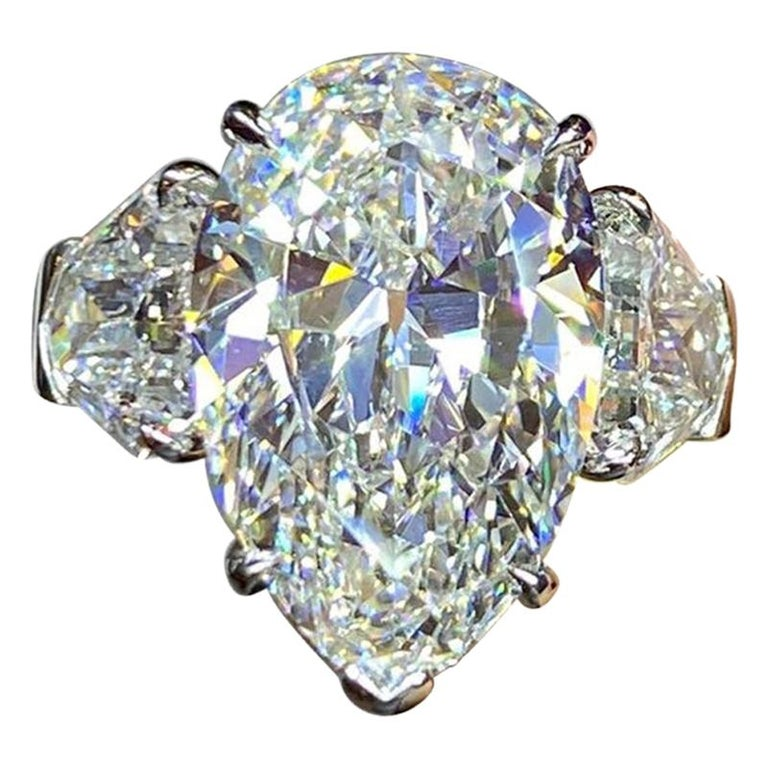GIA Certified 8.73 Carat Pear Shape Diamond Three-Stone Ring For Sale