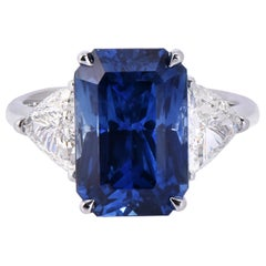 Laviere GIA Certified 9.19 Carat Blue Sapphire and Diamond Cocktail Ring