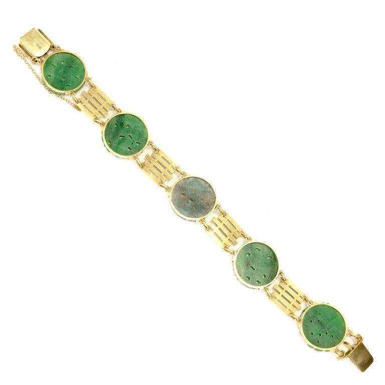Round Cut GIA Certified Art Deco Carved Natural Jadeite Jade Gold Bracelet For Sale