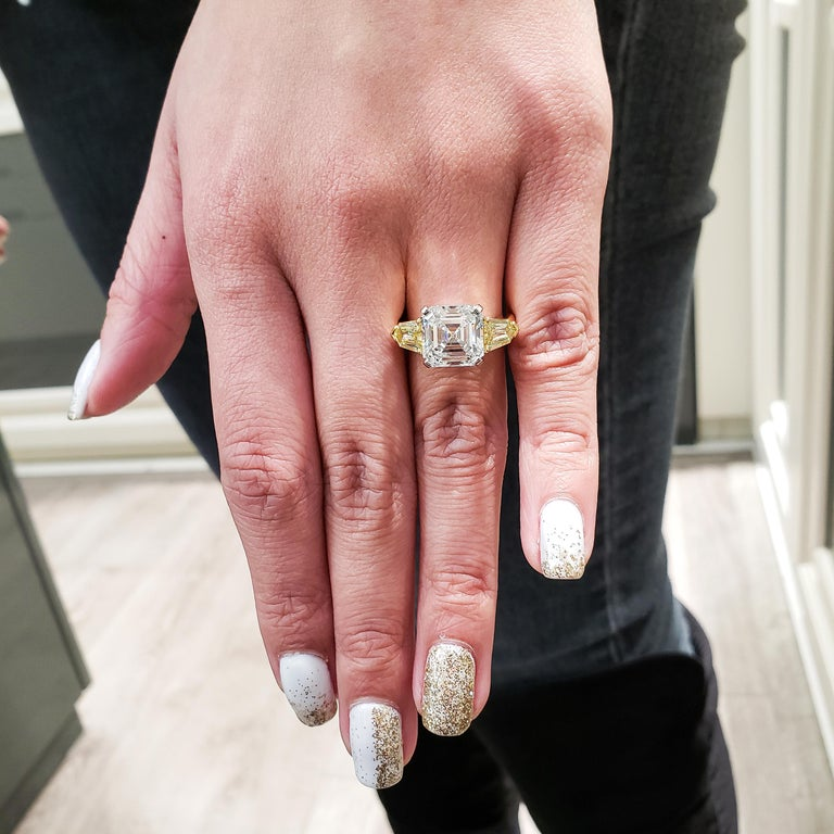 Women's or Men's Roman Malakov GIA Certified Asscher Cut Diamond Three-Stone Engagement Ring For Sale