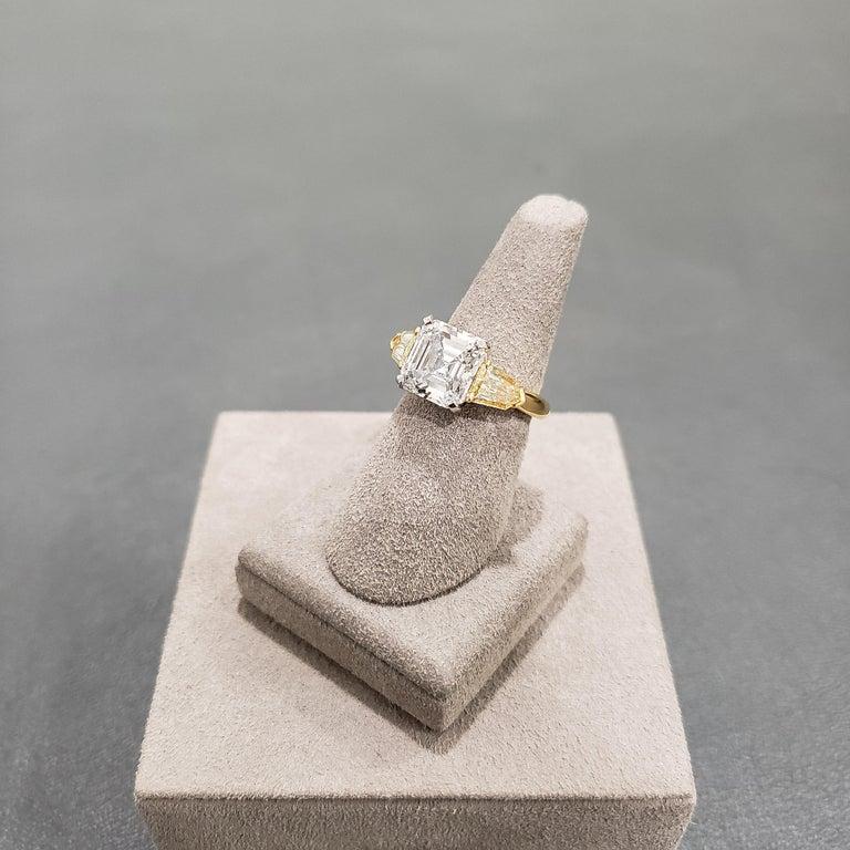 Roman Malakov GIA Certified Asscher Cut Diamond Three-Stone Engagement Ring For Sale 3