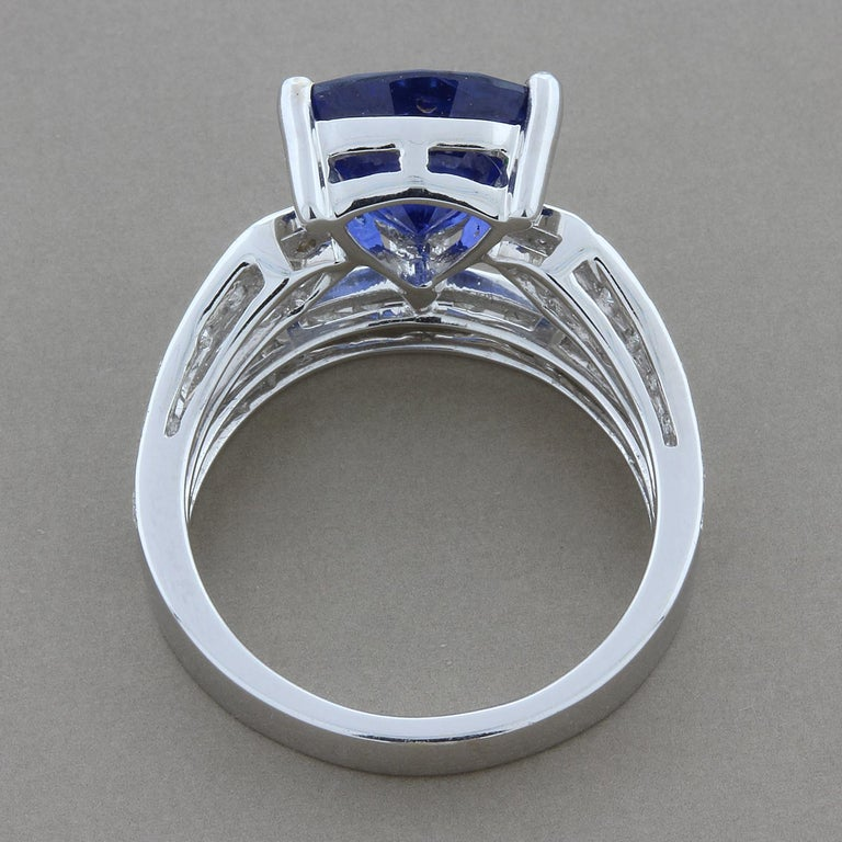 Women's GIA Certified Ceylon Sapphire Diamond Gold Ring For Sale