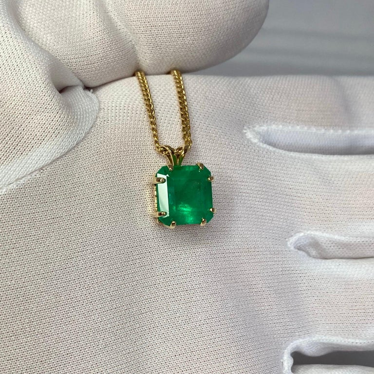 GIA Certified Colombian Emerald 6 Carat Yellow Gold Emerald Cut Pendant Necklace 9