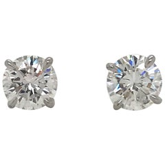 GIA Certified Diamond Stud Earrings 2.62 Carat E-G SI2-I1 18 Karat White Gold
