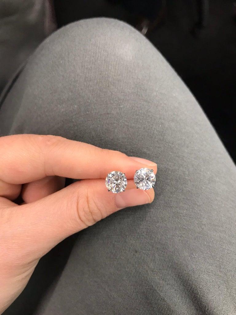 GIA Certified Diamond Stud Earrings 4.71 Carat E-F 7