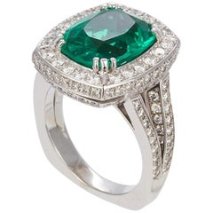 GIA Certified Emerald and Diamond 18 Karat White Gold Cocktail Fashion Ring