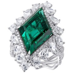 GIA Certified Emerald and Diamond Cluster Ring