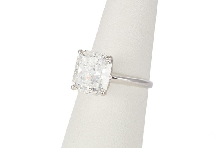 Women's GIA Certified F/VS2 14 Karat Gold and Radiant Diamond Solitaire Ring 5.05 Carat For Sale