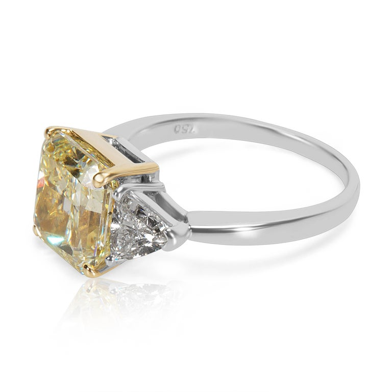 Modern GIA Certified Fancy Yellow Diamond Engagement Ring in 18KT Gold 4.90 Carats