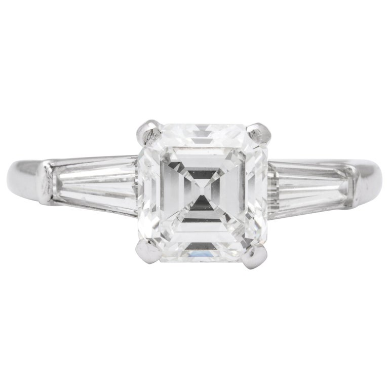 GIA Certified G VVS2 Square Emerald Cut Diamond Platinum Ring For Sale