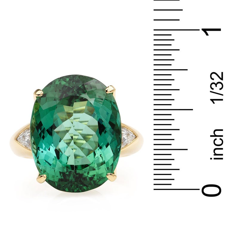 GIA Certified Green Tourmaline Diamond 18k Gold Cocktail Ring In Excellent Condition For Sale In Miami, FL