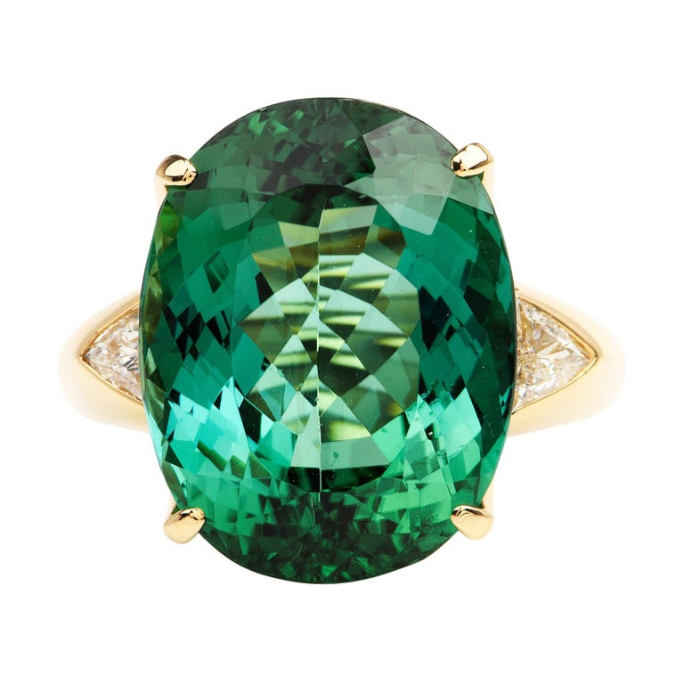 GIA Certified Green Tourmaline Diamond 18k Gold Cocktail Ring For Sale