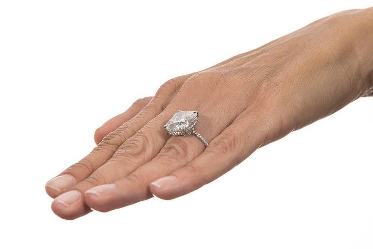 Harry Winston GIA Certified Cushion Cut 10.67 carat F/VS2 Diamond Ring  For Sale 4
