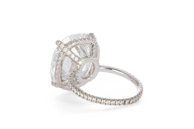 Harry Winston GIA Certified Cushion Cut 10.67 carat F/VS2 Diamond Ring  In Excellent Condition In Tustin, CA