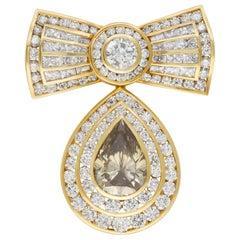 GIA Certified Kutchinsky Diamond Bow Pin in 18 Karat
