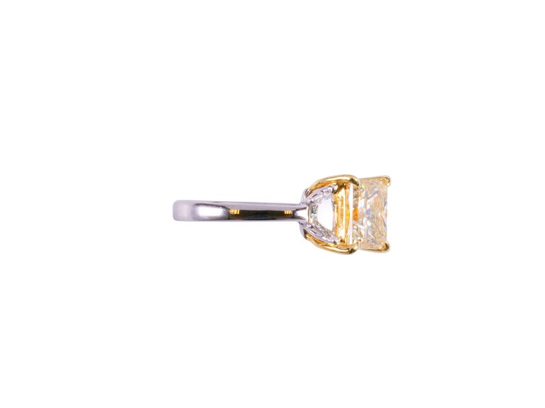Contemporary GIA Certified Light Yellow Princess and White Diamond Ring 3.42 Cts Total Dia For Sale