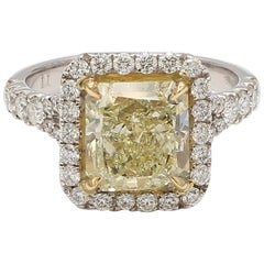 GIA Certified Light Yellow Radiant Cut and White Diamond Ring 3.86Cts Total Dia