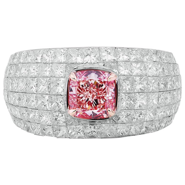 GIA Certified Natural 4.02 Fancy Pink Diamond 18 Karat White Gold Cocktail Ring For Sale