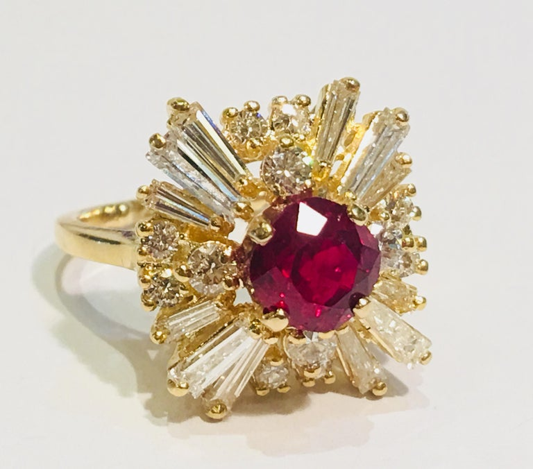 GIA Certified Natural Corundum Ruby and Diamond 18 Karat Yellow Gold Ring For Sale 3