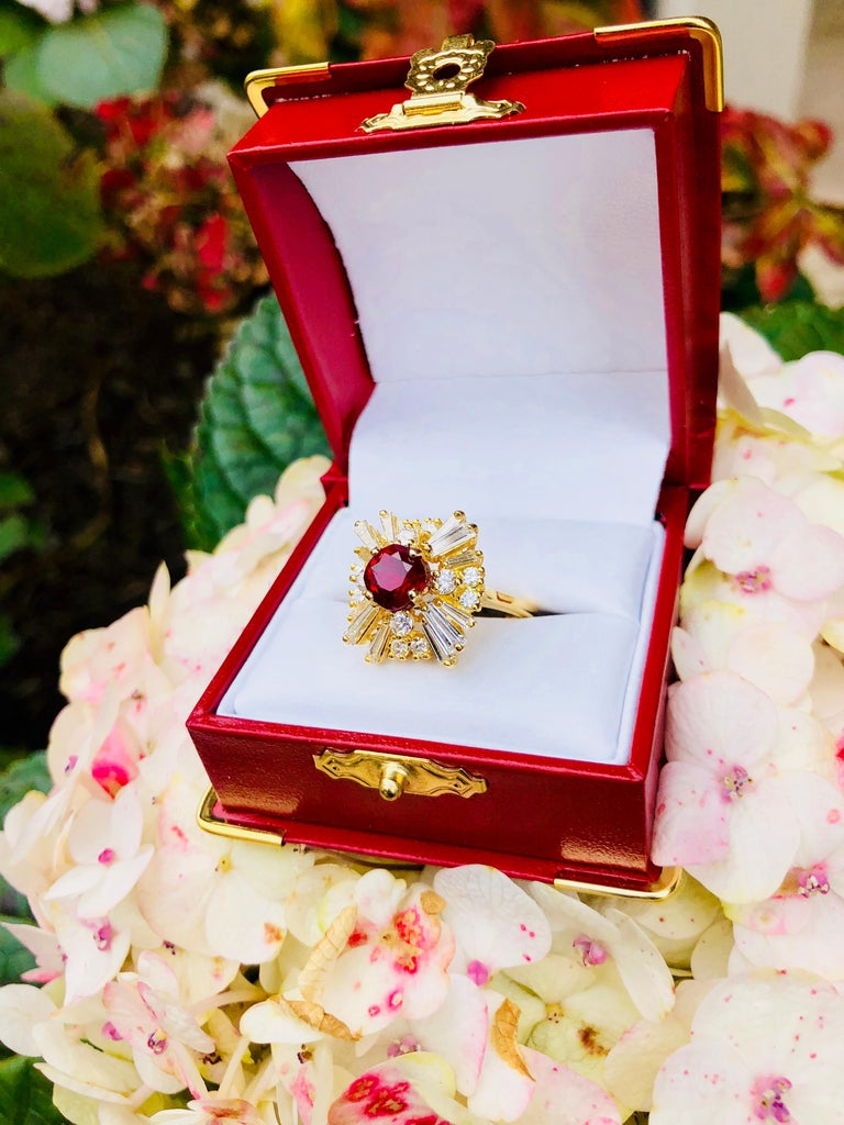 GIA Certified Natural Corundum Ruby and Diamond 18 Karat Yellow Gold Ring For Sale 1